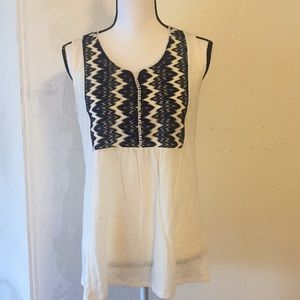 TWO BY VINCE CAMUTO BLOUSE SIZE XS